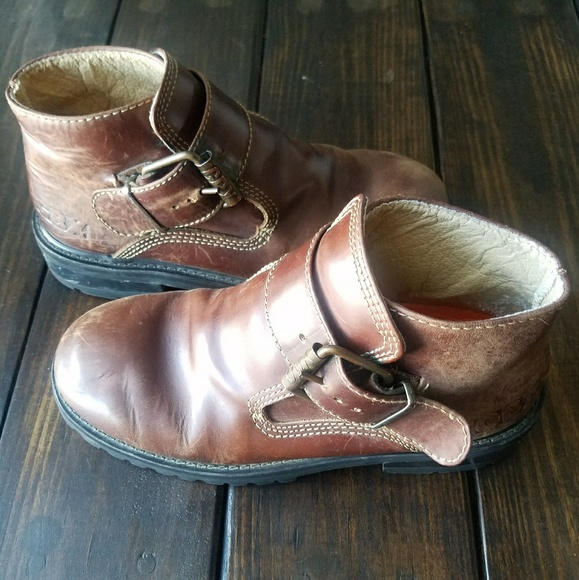 0f0aacc9273 Gbx boots, antique